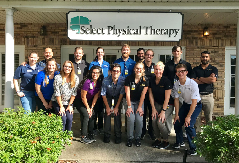 DPT Students, Neurologic Resident and Faculty Screen Parkinson's Patients In The Community
