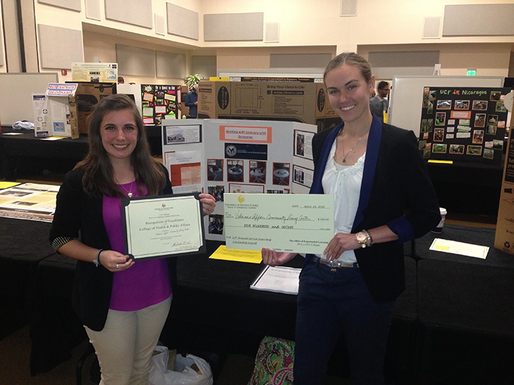 Students Win Awards at Service-Learning Showcase