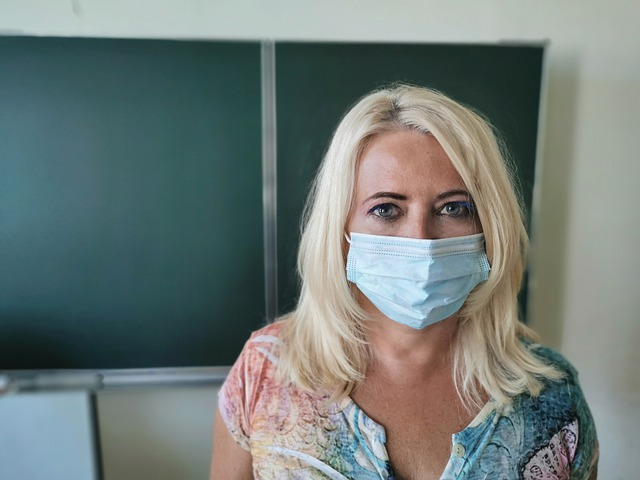 COVID Masks: A Special Challenge for Deaf